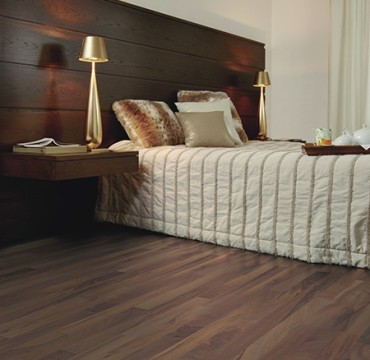 classica-laminate-wooden-flooring