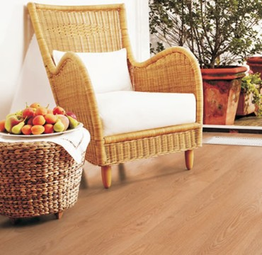 french-oak-laminate-wooden-flooring