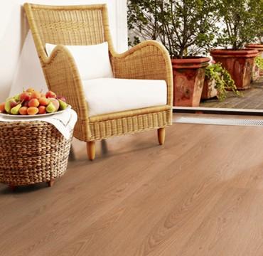 french-oak-laminate-wooden-flooring