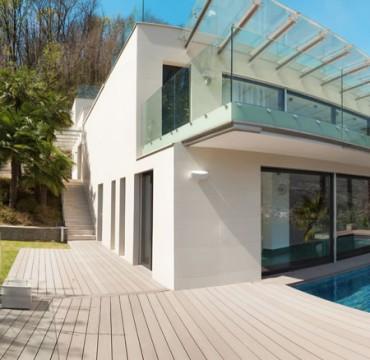 outdoor-wood-floor-long-deck