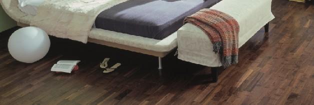 Gayatri - Hotel Rooms and Restaurant Floors