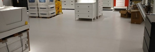 Homogeneous vinyl flooring