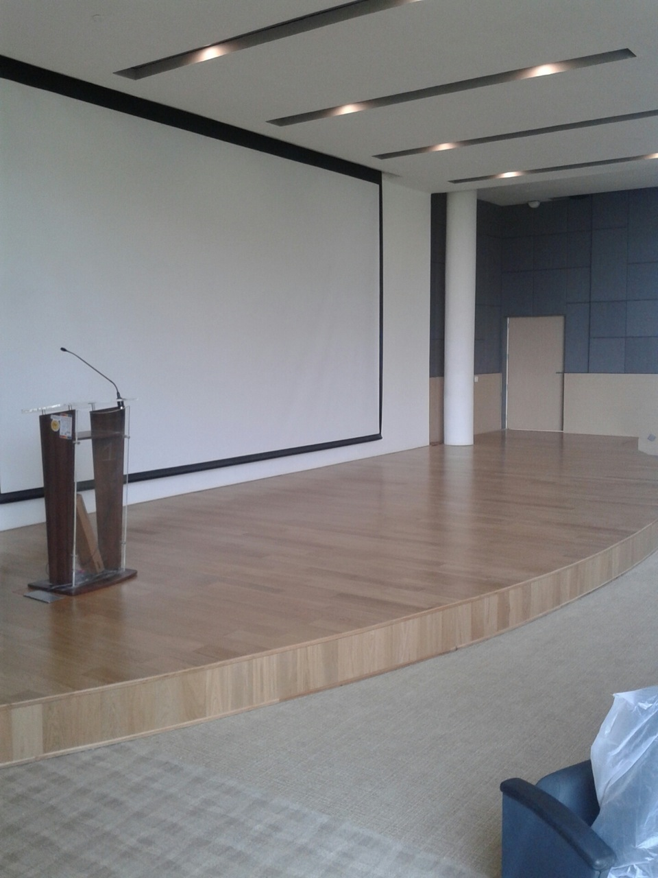 Case Study Solid Wood Amp Engineered Wood Flooring For